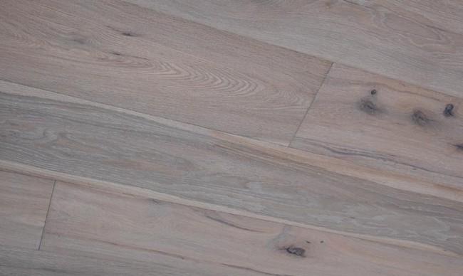 Massivholzdiele Vom Fachmann Landhausdiele Und Parkett Aus Eiche