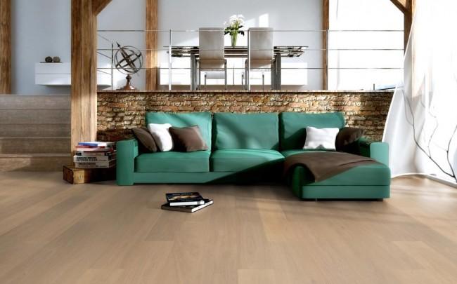 eiche parkett natur geb rstet ge lt rohoptik t renfuxx fertigparkett. Black Bedroom Furniture Sets. Home Design Ideas