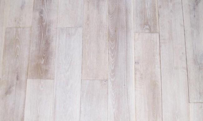 Muster Eichendiele Rustikal Antik Extra Weiß Geölt, Gelaugt U0026 Gebürstet  Verlegefertig, Breite 200 Mm