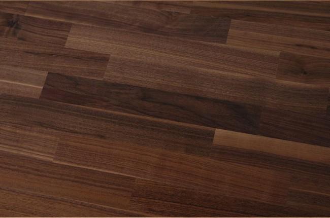 g nstiges parkett nussbaum amerikanisch fertigparkett. Black Bedroom Furniture Sets. Home Design Ideas