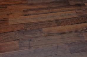 Fertigparkett Nussbaum lackiert geölt 2-Schicht (Sortierung Select)