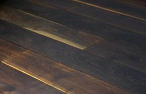Landhausdiele Räuchereiche massiv Rustikal, kerngeräuchert (roh oder geölt) Stärke 15 mm, Breite 181 mm