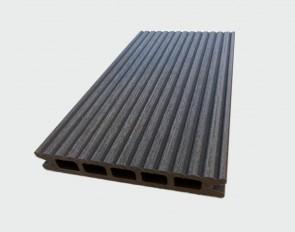 Muster Terrassendiele WPC Hohlkammer (Farbe Granit, ummantelt, gerillt)