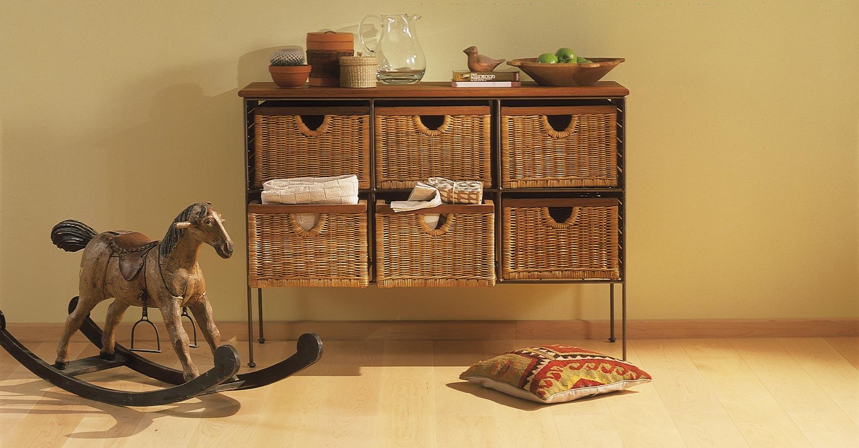 Sockelleisten und Fußleisten aus Holz und MDF, massiv oder furniert
